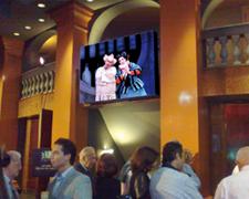 Que es la pantalla led Buenos Aires Lírica Teatro Avenida