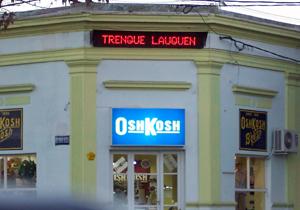 Carteles y letreros Osh Cosh Trenque Lauquen
